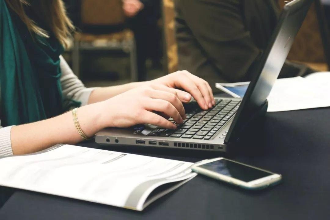 你真的会写英文邮件吗?职场加分必备技能!