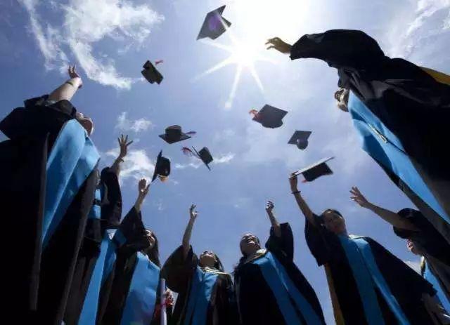 毕业季| 毕业季,这些有关求职和工签的事情,你必须知道!